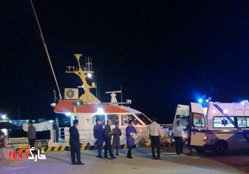 ۴ مصدوم حادثه آتش سوزی پتروشیمی خارگ به گناوه اعزام شدند