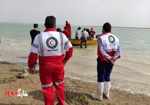 ۵ نفر از غرق شدن در خلیج فارس نجات یافتند