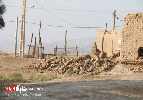 کمکرسانی به متاثران زلزله گناوه در ۳۴ روستا انجام شد