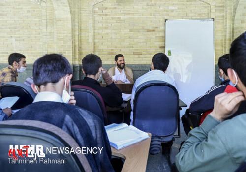 ۱۲۰ نفر در حوزههای علمیه استان بوشهر جذب میشوند
