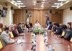 جلسه ویژه مسئولین ارشد جزیره خارگ با معاون وزیر مسکن و شهرسازی در ساختمان وزارت مسکن و شهرسازی انجام شد